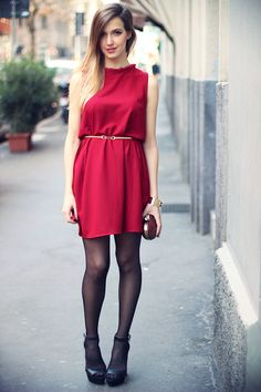 34 Awesome Red Dress Ideas For Valentine's Day Dinner - The woman dressed in red. I don't have the foggiest idea why however there is only something about a lady in a red dress that shouts unadulterated bea. Elegant Summer Outfits, Winter Date Outfits, Girls Summer Outfits, Stylish Dresses, Sexy Dresses, Spring Outfits, Casual Dresses, Pink Dresses, Red Outfits For Women