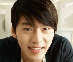 Hyun Bin 현빈 is a South Korean actor. His works include: Secret Garden, My n… Korean Star, Korean Men, Korean Actors, Hyun Bin, Kdrama, Hyde Jekyll Me, Netflix, Military Service, Korean Drama