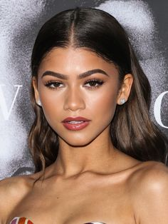 Picture_Pub_Zendaya_019~2.jpg  Click image to close this window