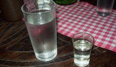 Cura pela Natureza.com.br: O perigo de beber a água que você deixa ao lado da cama na hora de dormir
