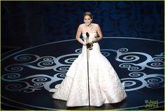 jennifer lawrence tripping at oscars | Jennifer-Lawrence-Oscars-2013-Best-Actress-Winner-Jennifer-Lawrence ...