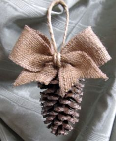 Pine cones & burlap. I may need to make some of these!