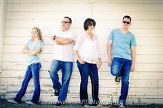 family with teenager poses; family pictures