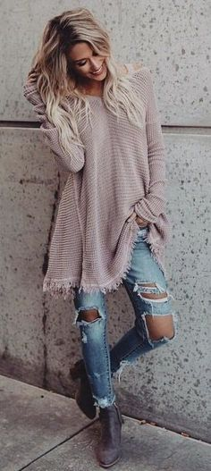 100+ Perfect Winter Outfits To Stand Out! Cute and cozy! winter outfits - brown long-sleeved sweater #casualwinteroutfit