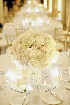 Timeless whites ~ Melissa Schollaert Photography  | bellethemagazine.com