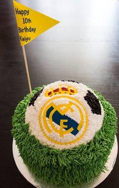 Real madrid soccer birthday cake