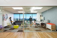 office layout design with glass wall in elegant dreamhost office interior – Modern Corporate Office Design Corporate Office Design, Small Office Design, Cool Office Space, Corporate Interiors, Office Interiors, Office Designs, Layout Design, Design De Configuration, Design Ideas