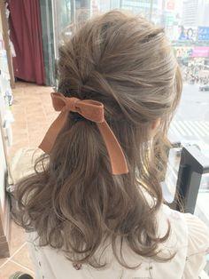 ─ first date shyness. Kawaii Hairstyles, Pretty Hairstyles, Hair Inspo, Hair Inspiration, Korean Hair Color, Coiffure Hair, Hair Arrange, Aesthetic Hair, Grunge Hair