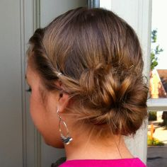 Love this sweet easy updo.