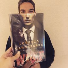 Wolf by Lorenzo Carcaterra for #bookfacefriday. #syosset #library #bookface #bookcovers #books #reading #syossetbookface #wolf #lorenzocarcaterra #fiction #ballatinebooks #crimefiction #librariesofinstagram #bookstagram #libraryfun