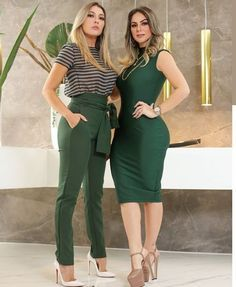Taupe with black horizontal striped top with forest green pants & white heels Classy Outfits, Chic Outfits, Trendy Outfits, Fall Outfits, Girl Fashion, Fashion Dresses, Fashion Looks, Womens Fashion, Business Outfits