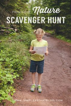 nature scavenger hunt - free printable for a fun outdoor activity with kids