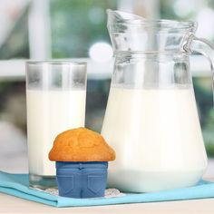 Fred Muffin Tops Baking Cups, Set of 4 | Sur La Table