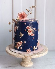 The Wed List on Simply in love with this beautiful delicacy by duchess. The colour combination between navy blue with a hint of pink surely creates Gorgeous Cakes, Pretty Cakes, Amazing Cakes, Bolo Fit, Wedding Cakes With Flowers, Flower Cakes, Blue Cakes, Wedding Cake Designs, Best Cake Designs
