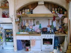 Modern Kitchen by Emaniraresulfare