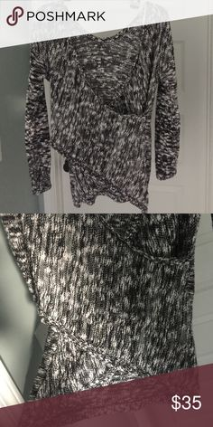 Guess crossover sweater Front cross sweater. Size medium. Worn once Guess Sweaters V-Necks