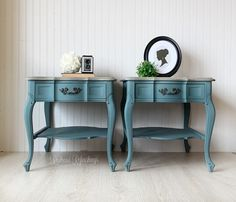 Refurbished Furniture, Shabby Chic Furniture, Furniture Makeover, Furniture Decor, Painted Furniture, Office Furniture, Furniture Refinishing, Furniture Projects, French Bedside Tables