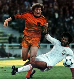Holland 3 Iran 0 in 1978 in Mendoza. Wim Jansen beats his man and is then brought down in Group 4 at the World Cup Finals.