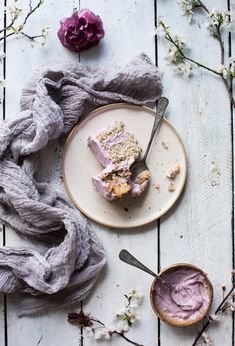 Learn cake decorating and food photography - The Little Plantation #foodphotography
