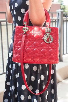 I want a lady dior so badly! Its just so perfect and classy