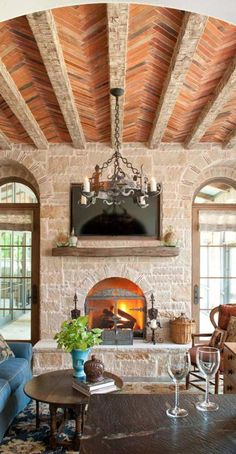 Tuscan design – Mediterranean Home Decor Luxury Mediterranean Homes, Mediterranean House Plans, Mediterranean Decor, Mediterranean Architecture, Home Design Decor, Interior Design, Design Ideas, Villa, Tuscan House