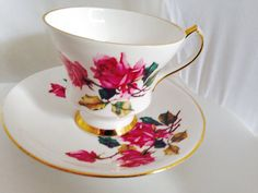 Royal Windsor Rose English Fine Bone China Vintage Teacup & Saucer Set - Hybrid Tea style Roses - pink green magenta - flowers floral
