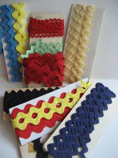 Lot of Rick Rack many colors Yellow Blue Black Red Mint Green Ecru Remants for your project Vintage Sewing Supplies