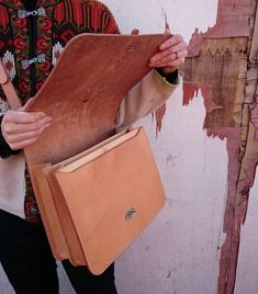 Visit us @blackhorselane and look, feel, smell and hear about our leather collection. Authentic products made by hand #nogimmicks #handcrafted #handmade #mesleather #madeinlondon #authenticbags #handsewnwithlove #patina #tanbag #messengerbag