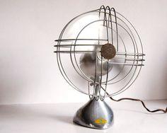 Vintage Fan Art Deco Zephyr Airkooler Chrome and Aluminum Desk Fan (1940s). @designerwallace