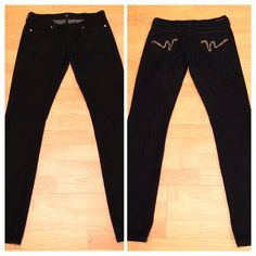 """Citizen of Humanity Kelly Bootcut """"stay gold"""" citizen of humanity Premium bootcut, dark-rinse stretch jeans w/ gold stitch detail.  33"""" inseam. In great condition!  Perfect jeans to couple with a blouse or sweater for a dress down day at work. More pictures upon request. Citizens of Humanity Jeans"""