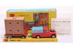 Lot 169 - Corgi Toys Gift Set 19 Chipperfields Circus Land-Rover with Elephant and Cage on Trailer,1st issue