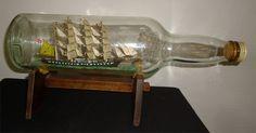 BATEAU Bouteille ancien - Voilier 4 mats Bouteille Long John Whisky Boat In A Bottle, Ship In Bottle, Sailboat Art, Nautical Art, Model Sailing Ships, Model Ships, Deception Island, Surface Pattern, Whisky