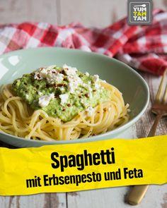 Spaghetti with pea pesto and feta - spaghetti always works! That's why ha .Spaghetti with pea pesto and feta - spaghetti always works! That's why we now have a delicious recipe for spaghetti with peas - # Schwarzewan Spaghetti Recipes, Pasta Recipes, Cooking Recipes, Spaghetti Salad, Macaroni Recipes, Chard Recipes, Healthy Drinks, Healthy Recipes, Vegetarian Food