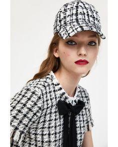 Imagine 2 din TOP COMBINAT DIN TWEED de pe Zara Tweed, Zara, Contrast, Winter Hats, Collection, Tops, Woman, Fashion, Moda