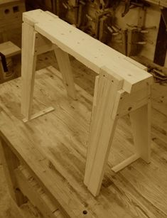 There's a Hole In The Bucket! Getting Started in Woodworking With Hand Tools | Mike Siemsen's School of Woodworking