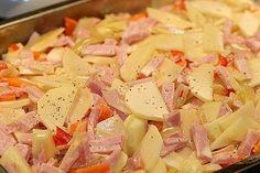 Höstfavorit – Krämig Kasslergratäng med potatis, morötter, lök & paprika