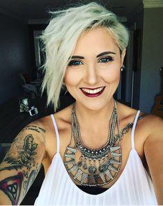 Rayahope raya Coleman pixie platinum blonde pixie short hair younique makeup