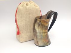 The natural ox horn make beer mug, an attraction from Games of thrones series.