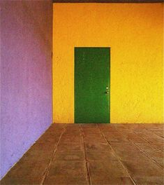 Interior Color. MONDOBLOGO: luis barragan in colour....