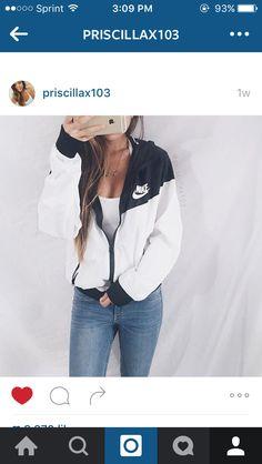 Nike Fashion Hooded Zipper Cardigan Sweatshirt Jacket Coat Windbreaker Sportswear from IDS Book. Saved to Epic Wishlist. Nike Outfits, Fall Outfits, Summer Outfits, Casual Outfits, Windbreaker Outfit, White Windbreaker, Adidas Vintage, Black And White Nikes, Teen Fashion