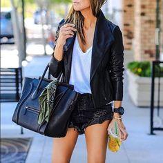 📸 @lolariostyle 💥💥💥 #ootd #lookoftheday #fashionlifestyle #streetstyle #streetlook #cool #fashiondiaries #fashionista #beautifulgirl #streetfashion #styleinspo #instadaily #instalike #followme #fashioninmyeyes #love