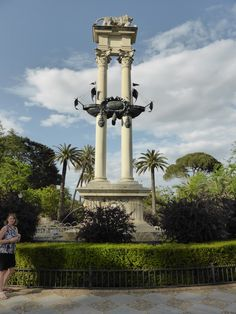 If you would like a nice walk and a quiet place to take a break, check out the Christopher Columbus Monument and walk along Paseo de Catalina de Riber. Seville Spain, Christopher Columbus, Cata, Walking, Building, Travel, Walks, Viajes, Sevilla Spain