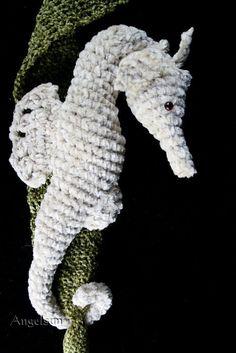 Shy the Seahorse Crochet PDF Pattern Amigurumi by angelsunawares