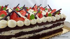 Tort de capsuni cu crema de mascarpone cu vanilie | Savori Urbane Tiramisu, Birthday Cake, Ethnic Recipes, Desserts, Food, Mascarpone, Tailgate Desserts, Deserts, Birthday Cakes
