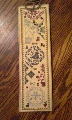 Quaker Sewing Roll by Theron Traditions.   Personalized with motifs over 1 on 40 count.