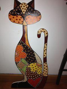 Escultura gato en puntillismo                                                                                                                                                      Más