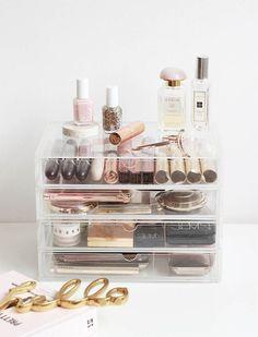 Makeup opbergen ladekastje | Organiseer je make-up in doorzichtige ladekastjes. Staat ook nog eens overzichtelijk. makeup organization