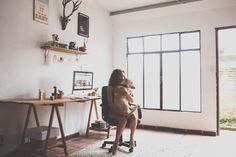 Inspire-se com a decoração do home office da Isa Ribeiro, do blog Na Nossa Vida.
