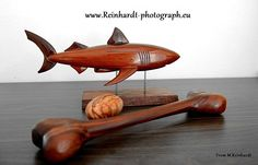 wood shark Shark, Wood, Madeira, Woodwind Instrument, Sharks, Wood Planks, Trees, Wood Illustrations, Woodworking