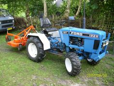 Ford 1220 van Hoekstraj Small Tractors, Compact Tractors, Ford Tractors, Farm Gardens, Heavy Equipment, Lawn And Garden, Lawn Mower, Agriculture, Vehicles
